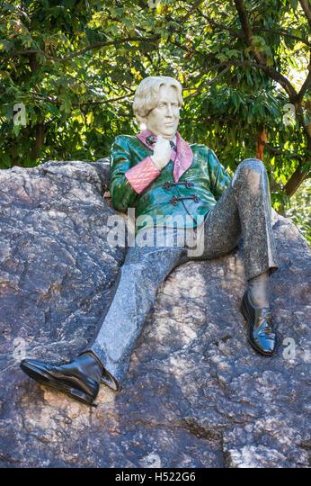 Oscar Wilde-Statue in Merrion Square Park Dublin Irland Europa EU Stockbild