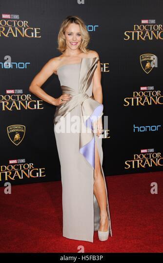 Los Angeles, CA, USA. 20. Oktober 2016. Rachel McAdams im Ankunftsbereich für DOCTOR STRANGE Premiere, El Capitan Stockbild