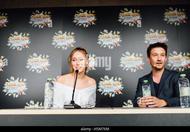 """Alycia Debnam-Carey, australische Schauspielerin, bekannt aus der AMC-Serie """"The Walking Dead fürchten"""", Stockbild"""