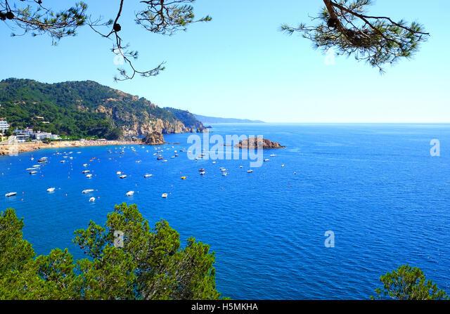 ein Blick auf die Costa Brava von Tossa De Mar, Spanien Stockbild