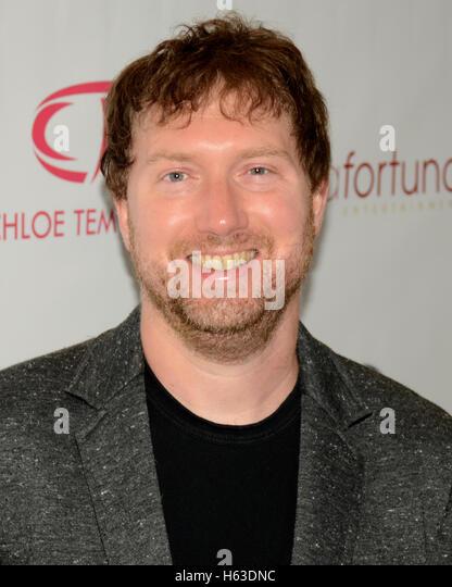 Josh Butler kümmert sich der Primetime EMMY Awards: Bellafortuna Toast The EMMYS: A Celebration Of Diversity Stockbild