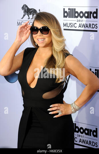 Sängerin Mariah Carey kommt bei den 2015 Billboard Music Awards in der MGM Grand Garden Arena im 17. Mai 2015 Stockbild