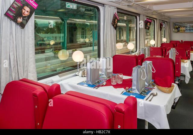EuroCity Prag - Hamburg mit neuen coaches Stockbild
