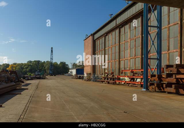 Saxona Sachsen-Anhalt: Werft in Roßlau Stockbild