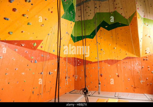 Nahaufnahme der Kletterhalle Stockbild