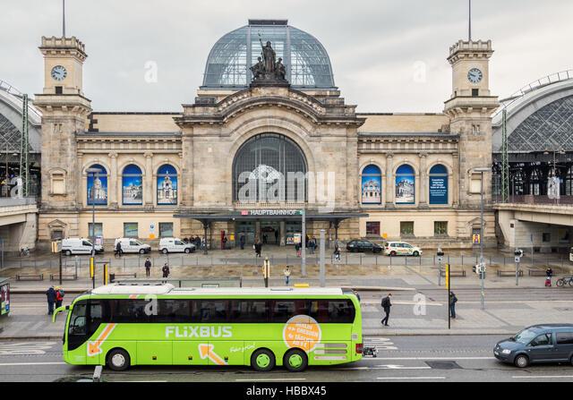 Trainer der Flixbus in Dresden Stockbild