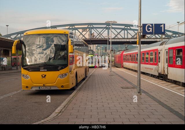 Express-Busse in Freiburg (Deutschland) Stockbild