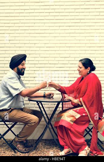 Indische Paare Dining zusammen-Konzept Stockbild