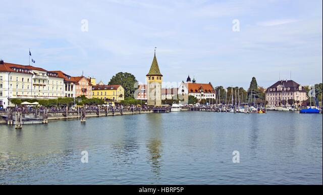 Lindauer Hafen mit Mangturm Stockbild