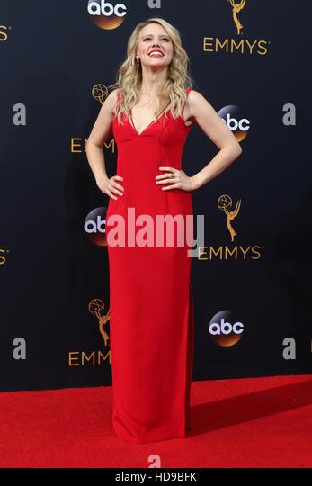 2016 Primetime Emmy Awards - Anreise am Microsoft-Theater am 18. September 2016 in Los Angeles, CA mit: Kate McKinnon Stockbild