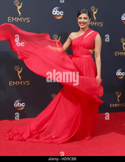 2016 Primetime Emmy Awards - Anreise am Microsoft-Theater am 18. September 2016 in Los Angeles, CA mit: Priyanka Stockbild