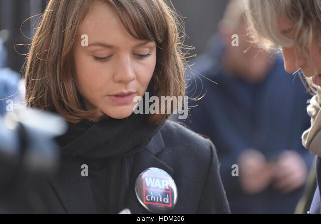 """Carey Mulligan, Schauspielerin, besucht die """"Rallye für Aleppo in London, Vereinigtes Königreich, Stockbild"""