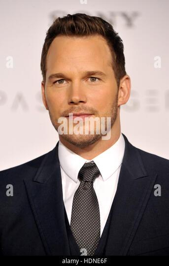 """Westwood, USA. 14. Dezember 2016. Chris Pratt an der Los-Angeles-premiere von """"Passagiere"""" im Regency Stockbild"""