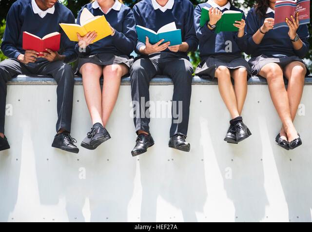 Studenten Menschen wissen Bildungskonzept Stockbild