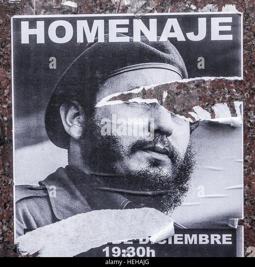 Hin-und hergerissen Plakat Veröffentlichung Tribut (Homenaje) Fidel Castro nach seinem Tod. Stockbild