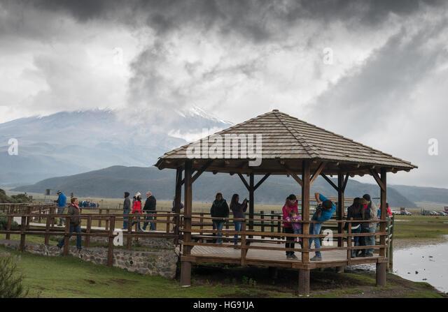 Der Cotopaxi ist ein aktiver Stratovulkan in den Anden, etwa 50 km südlich von Quito in Ecuador Stockbild