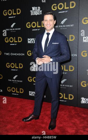 New York, NY, USA. 17. Januar 2017. Edgar Ramirez im Ankunftsbereich für GOLD-Premiere, AMC Loews Lincoln Square, Stockbild