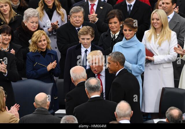 Gewählter Präsident Donald Trump grüßt Vizepräsident Joe Biden und Präsident Barack Stockbild