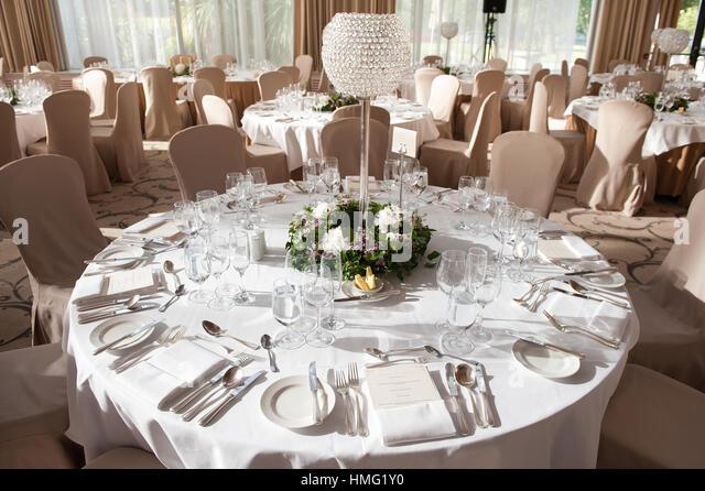 Der Ballsaal im Castlemartyr Resort Hotel, Castlemartyr, Cork, Irland dekoriert für eine Hochzeitsfeier Stockbild