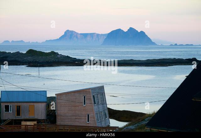 Impressionen: Speziell, Im Hintergrund sterben Inseln Sorland Und Rost, Lofoten, Norwegen. Stockbild