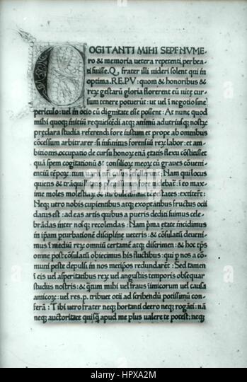 Seite eines alten Buches, geschrieben in Latein, Italien Stockbild