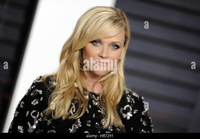 Beverly Hills, Kalifornien. 26. Februar 2017. Reese Witherspoon besucht die 2017 Vanity Fair Oscar Party hosted Stockbild