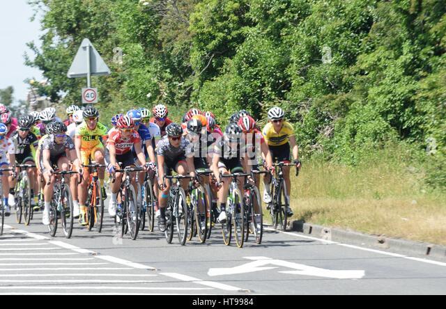 ESSEX UK 7. Juni 2015: Gruppe von weiblichen Radfahrer im Aviva UK Tour Zyklus Straßenrennen Stockbild