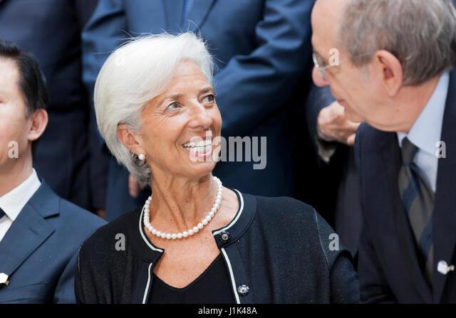 Washington, USA, 21. April 2017: G20-Finanzminister und-Notenbankgouverneure posieren für ein Foto nach dem Stockbild