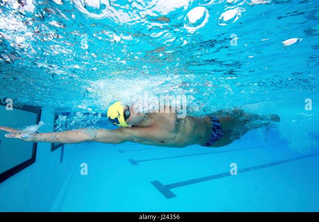 Konkurrent in der Orange Bowl Classic 2016, Stiftskirche schwimmen treffen. Stockbild