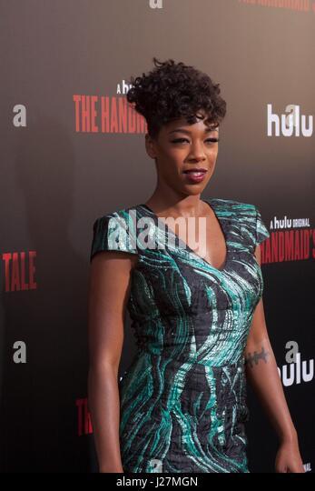 Los Angeles, USA. 25. April 2017. Samira Wiley kommt bei Hulu The Handmaid es Tale Premiere im ArcLight Dome am Stockbild