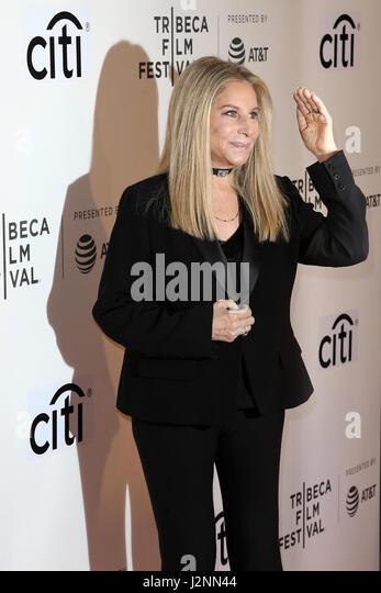 """Sängerin Barbra Streisand besucht die """"Tribeca Gespräche Geschichtenerzähler: Barbra Streisand Stockbild"""