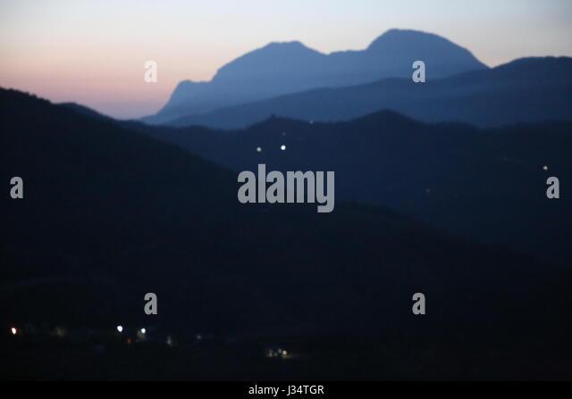 Silhouette in Nepal Bandipur Vorbergen Bereich am Dus oder Dämmerung Stockbild