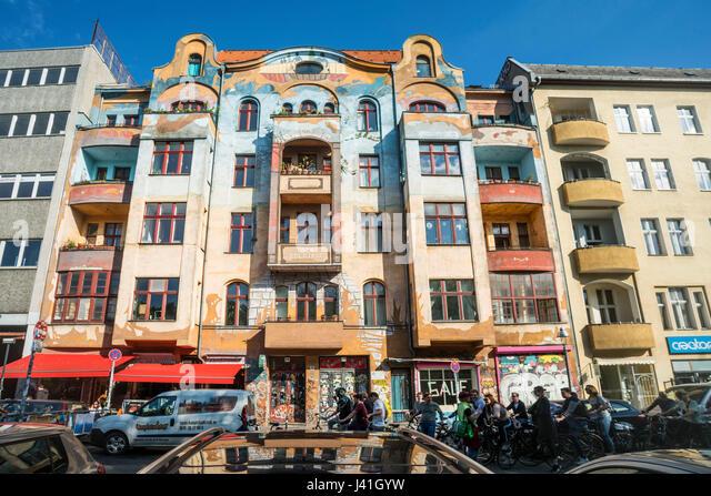 Gemalte Haus in Kreuzberg, Fahrrad-Stadtrundfahrt, Schlesisches Tor, Berlin, Deutschland, Europa Stockbild