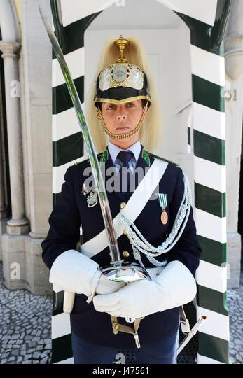 Porträt eines portugiesischen Nationalen Republikanischen Garde Soldat im Präsidentenpalast in Belem, Stockbild