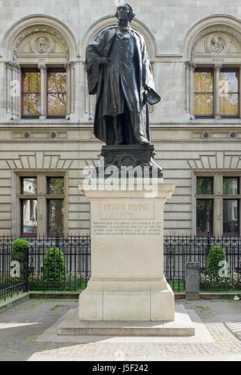 Statue des Schauspielers Henry Irving in Irving Street im Londoner West End Stockbild