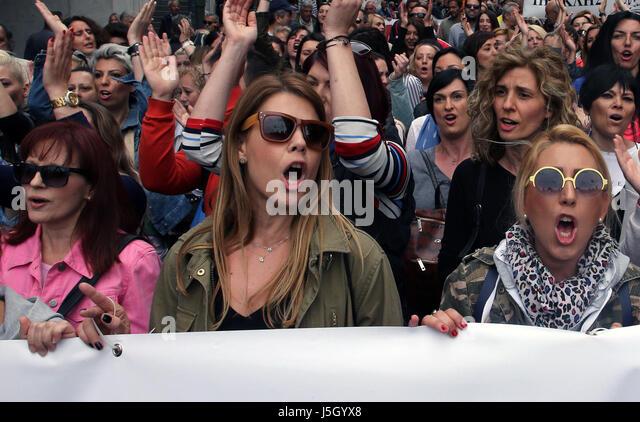 Athen. 17. Mai 2017. Menschen beteiligen sich an einer Demonstration gegen Sparmaßnahmen in Athen am 17. Mai Stockbild