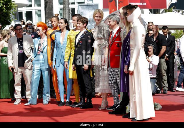 Cannes, Frankreich. 21. Mai 2017. Sandy Powell, Alex Sharp, Nicole Kidman, John Cameron Mitchell und Darsteller Stockbild