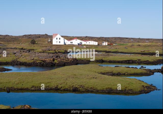 Iceland reykjavik house stockfotos iceland reykjavik for Haus island