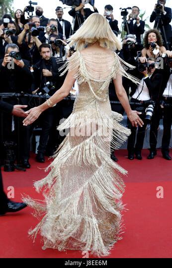 Cannes, Frankreich. 28. Mai 2017. Uma Thurman Teilnahme an der Closing Night des 70. Cannes Film Festival im Palais Stockbild