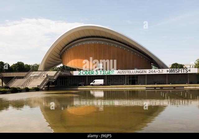 BERLIN, 29. Mai: Das Haus der Kulturen der Welt (HKW) (Deutsch für Haus der Kulturen der Welt) in Berlin am Stockbild