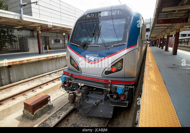 Amtrak Siemens acs-64 s-Bahn Lok South Street Station Boston USA Stockbild