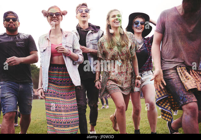 Freunde des Festivals läuft Stockbild