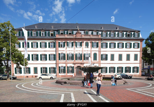 Luisenplatz Quadrat mit Regional Council Building, Darmstadt, Hessen, Europa I Luisenplatz Mit Regierungspräsidium Stockbild
