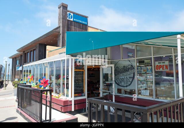 Breakers Restaurant, einem beliebten Diner und Moonraker Restaurant, eine beliebte feine Restaurants Einrichtung Stockbild