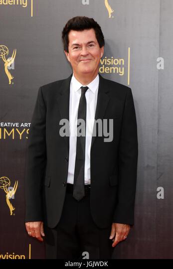 Los Angeles, CA, USA. 11. September 2016. LOS ANGELES - SEP 11: Simon Fuller bei den 2016 Primetime Creative Emmy Stockbild