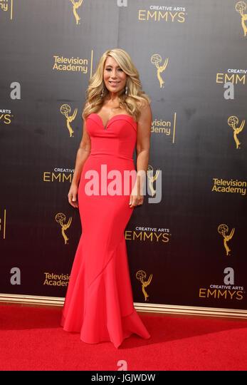 Los Angeles, CA, USA. 11. September 2016. LOS ANGELES - SEP 11: Laurie Grenier bei den 2016 Primetime Creative Emmy Stockbild