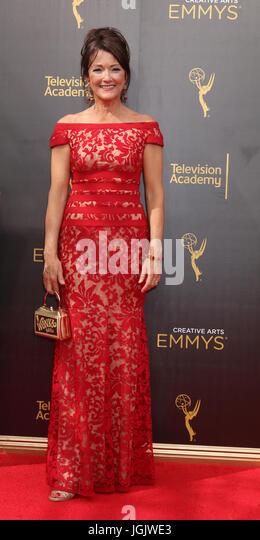 Los Angeles, CA, USA. 11. September 2016. LOS ANGELES - SEP 11: Lisa Walzer bei den 2016 Primetime Creative Emmy Stockbild