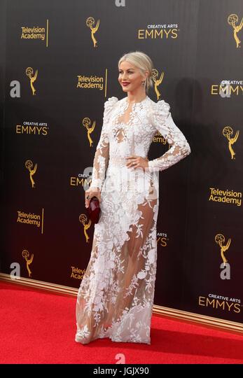 Los Angeles, CA, USA. 11. September 2016. LOS ANGELES - SEP 11: Julianne Hough bei den 2016 Primetime Creative Emmy Stockbild