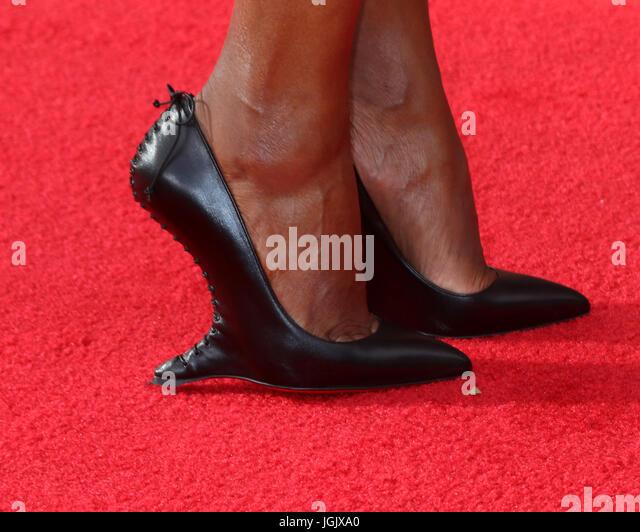 Los Angeles, CA, USA. 11. September 2016. LOS ANGELES - SEP 11: Aisha Tyler bei den 2016 Primetime Creative Emmy Stockbild