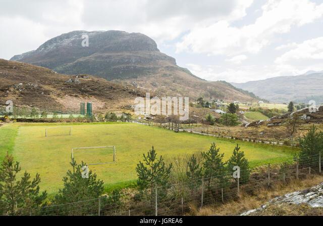 ländliche Sportanlagen in abgelegenen schottischen Dorf von Shieldaig, Schottland, UK Stockbild